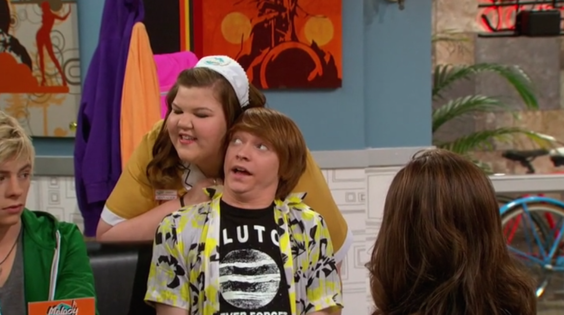 Austin & Ally: Pluto Never Forget